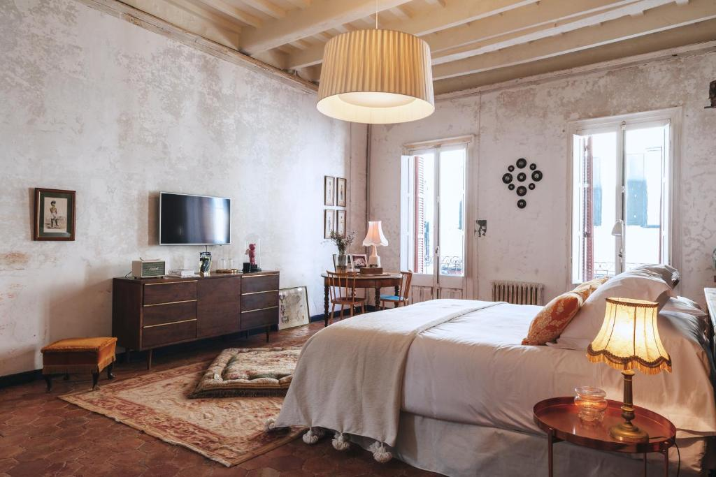 boutique hotels mahon  118