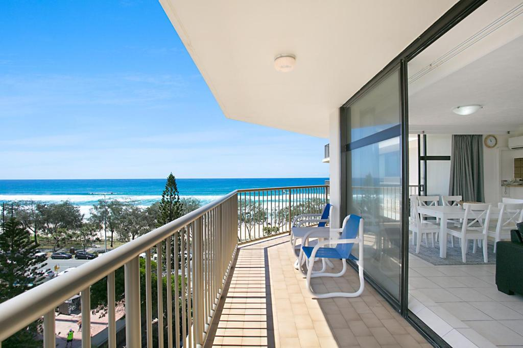 Apartment The Imperial Surfers Paradise, Gold Coast ...