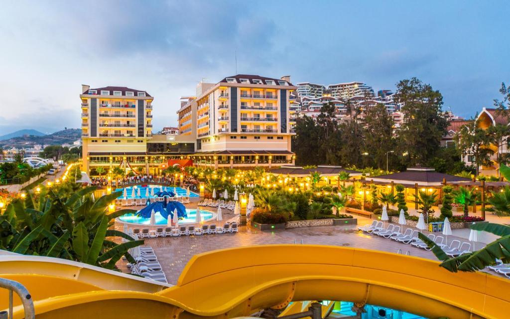 В Турцию из Волгограда! Отличный отель, великолепный сервис!