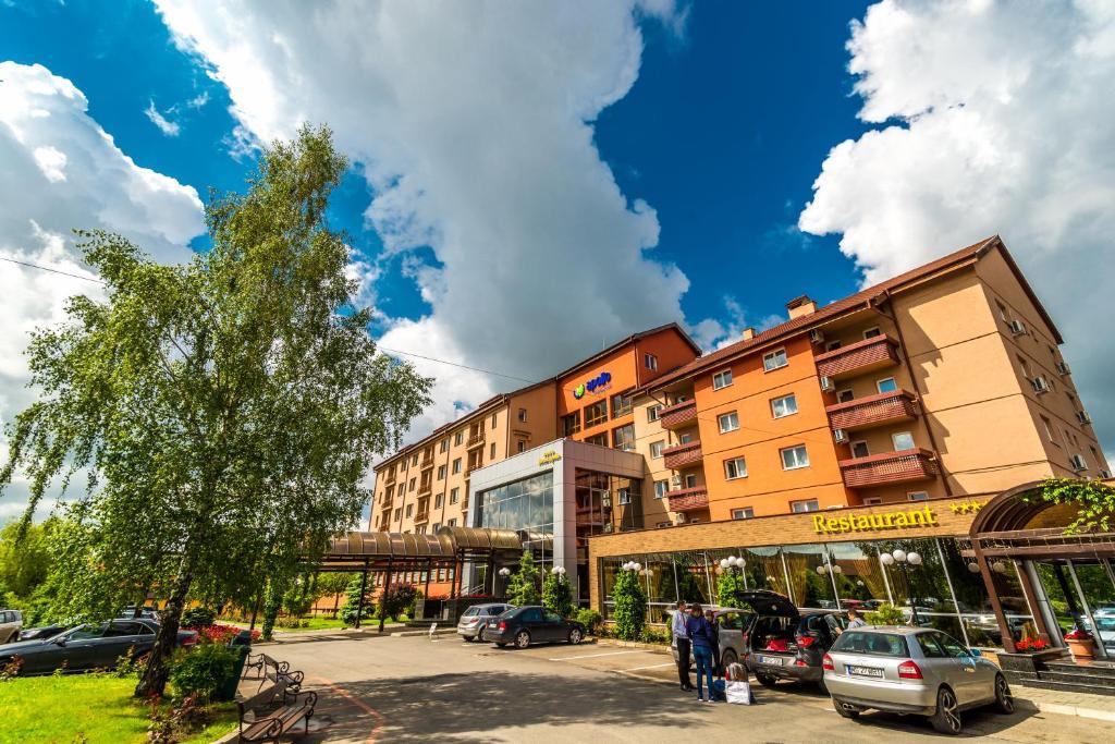Hotel Apollo Sângeorgiu De Mureş Prețuri Actualizate 2019