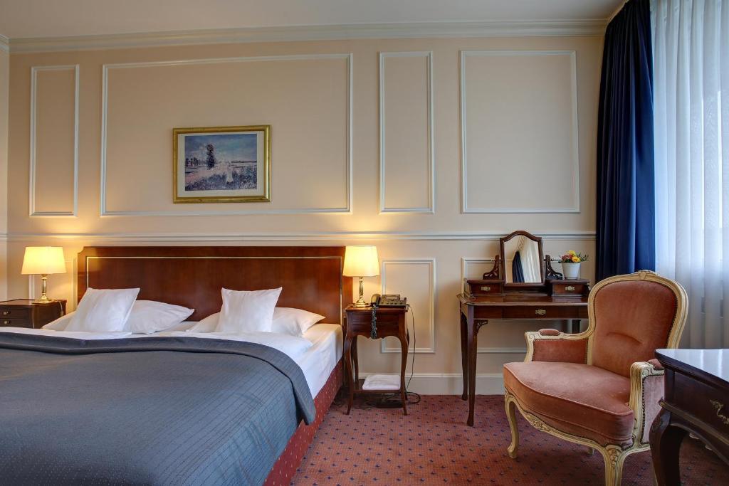 Centro Hotel Bristol Deutschland Bonn Booking Com