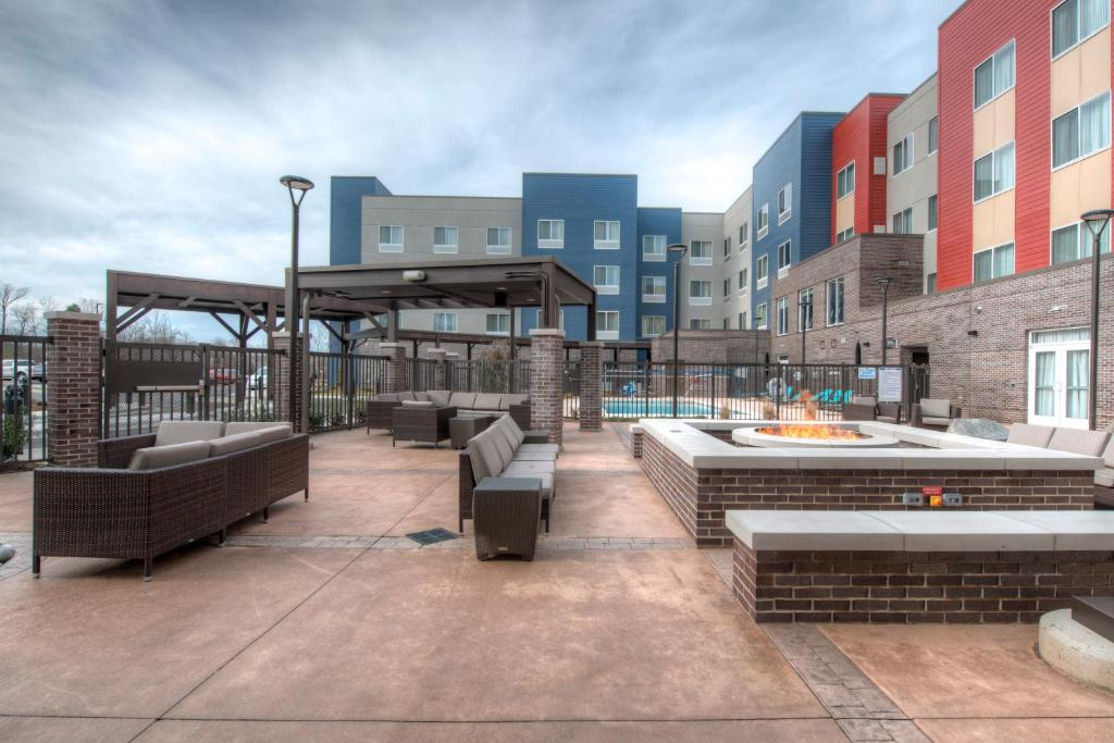 Αποτέλεσμα εικόνας για Residence Inn hotels open in Charlotte, North Carolina a