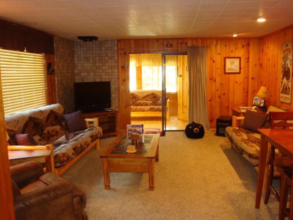 gateway cabin slide b paradise htm cabins meadow yellowstone