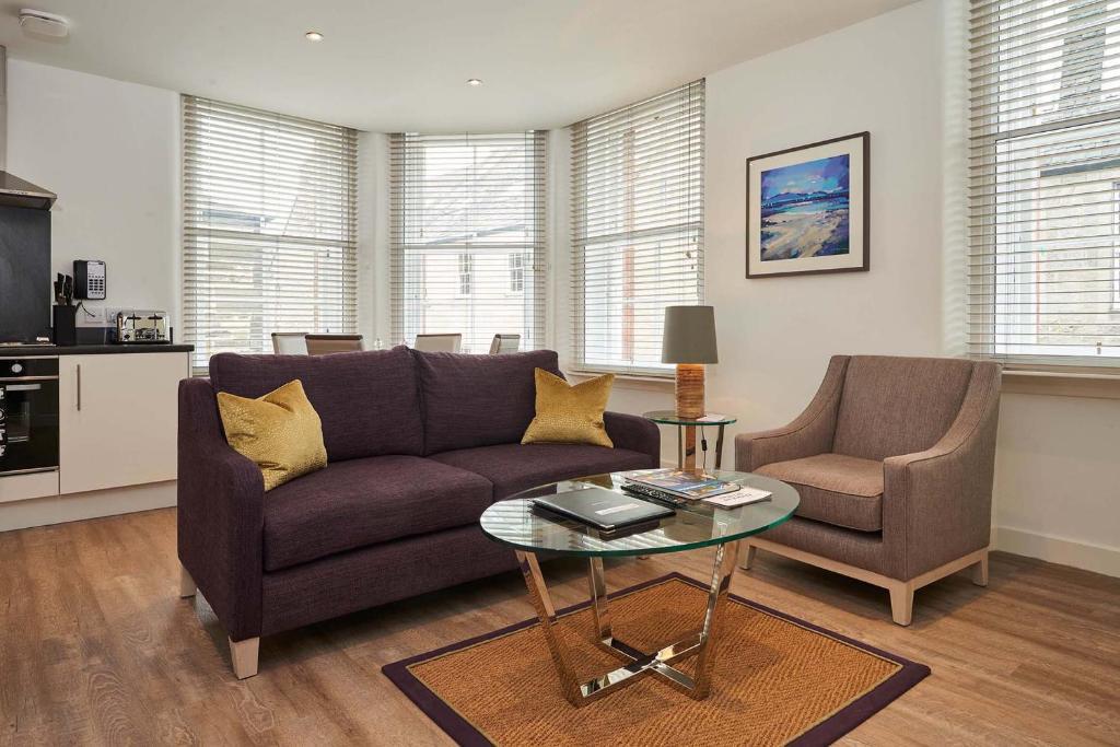 Зона вітальні в Braid Apartments by Mansley