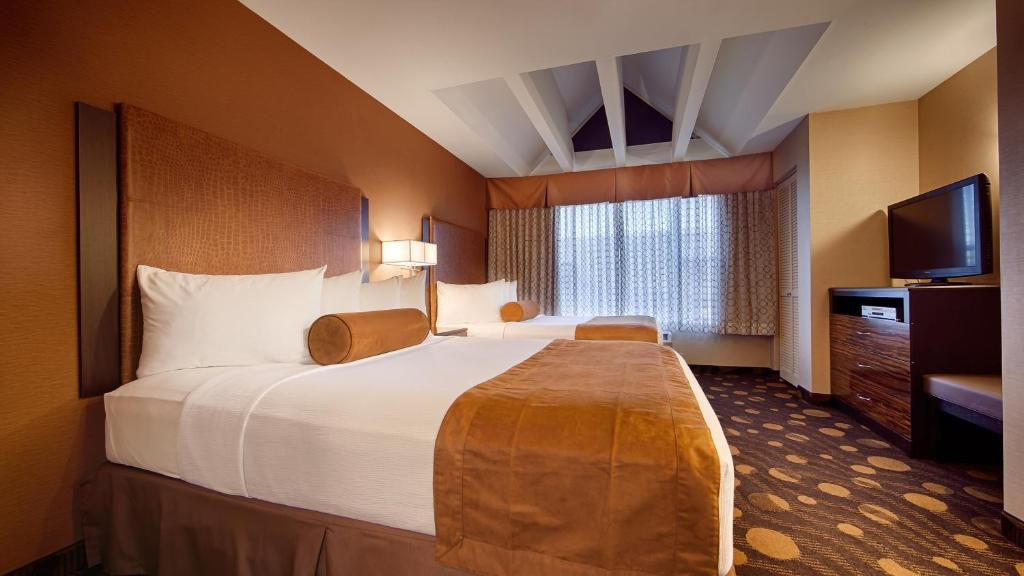 Best Western Plus Suites Hotel Coronado Island Reserve Now Gallery Image Of This Property