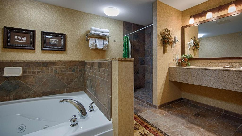 Best Western Plus Kelly Inn And Suites Reserve Now Gallery Image Of This Property