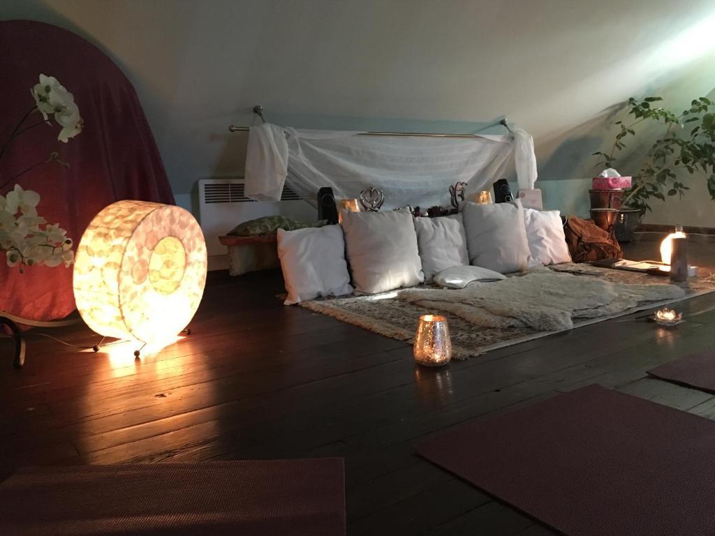 Apartment Authentic Yoga Studio Dharamsaal Tallinn Estonia