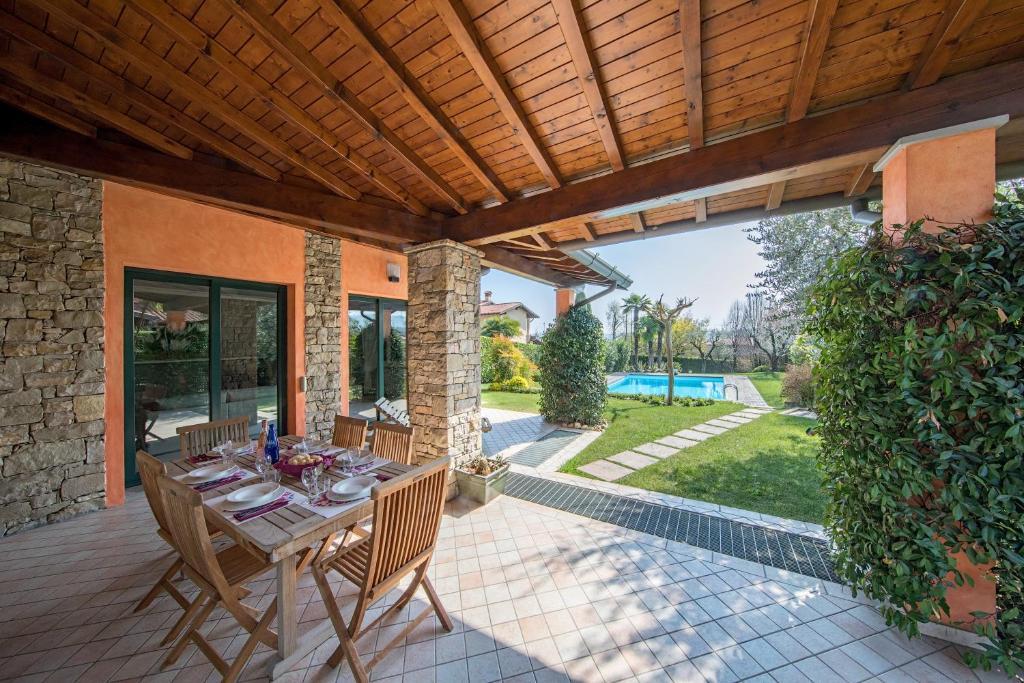 Villa Camilla Padenghe Sul Garda Prezzi Aggiornati Per