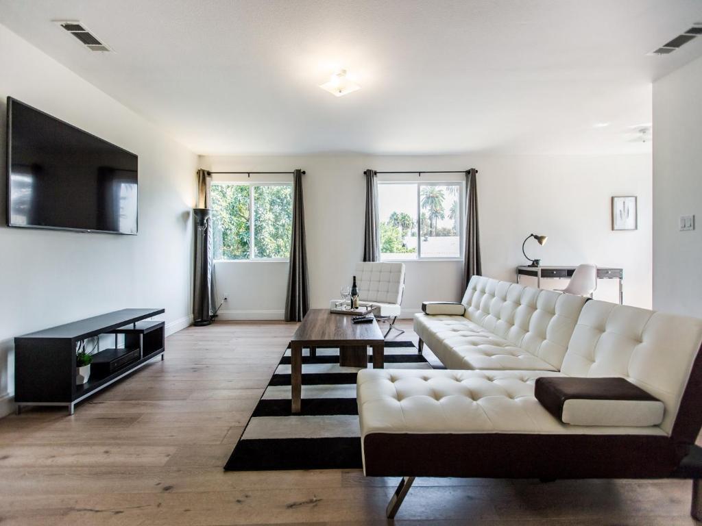 Palm Apartment 1, Los Angeles, CA - Booking.com