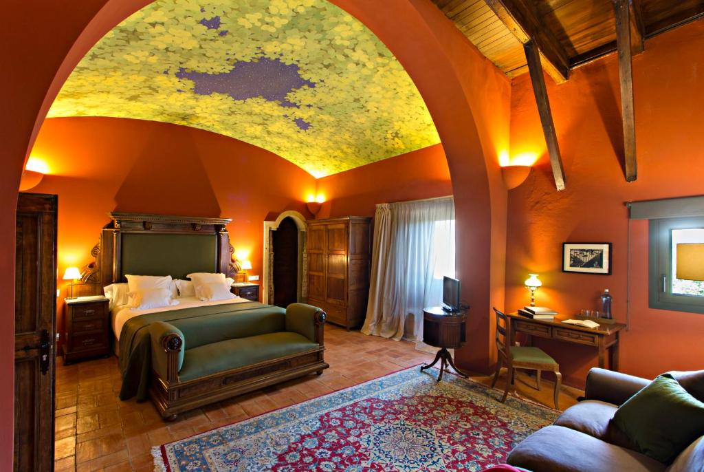 hotels with  charm in casavells  17