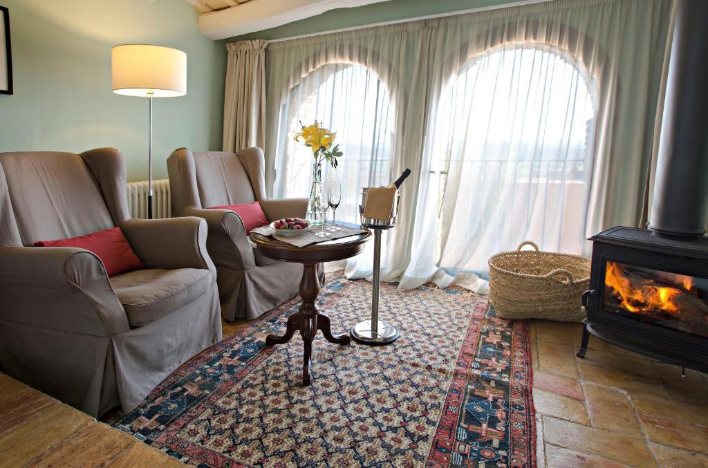 hoteles con encanto en casavells  12