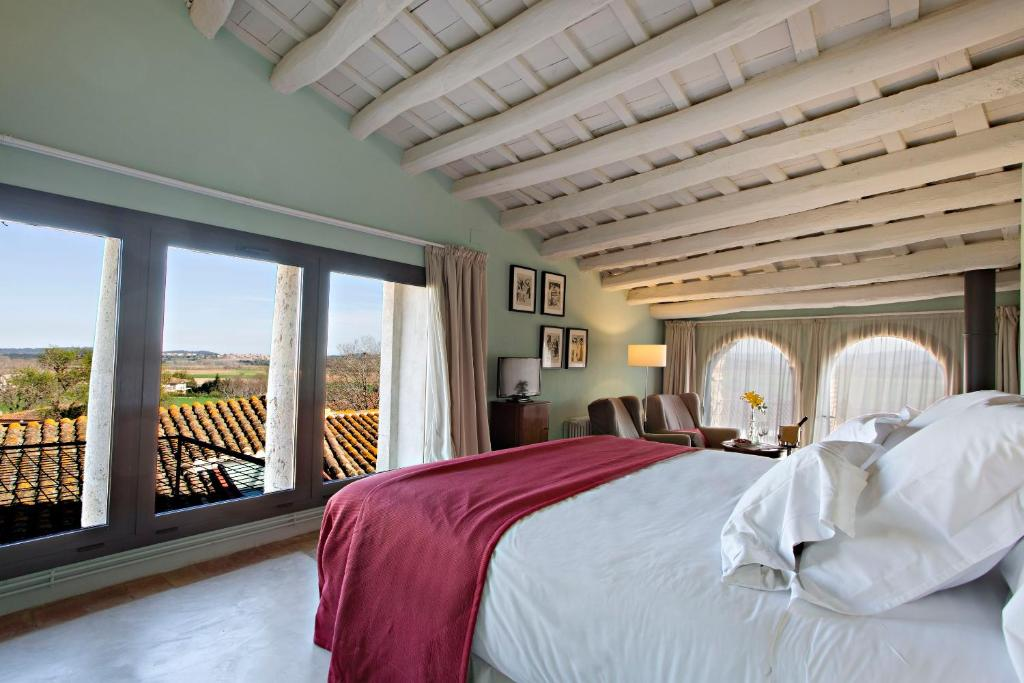 hotels with  charm in casavells  7