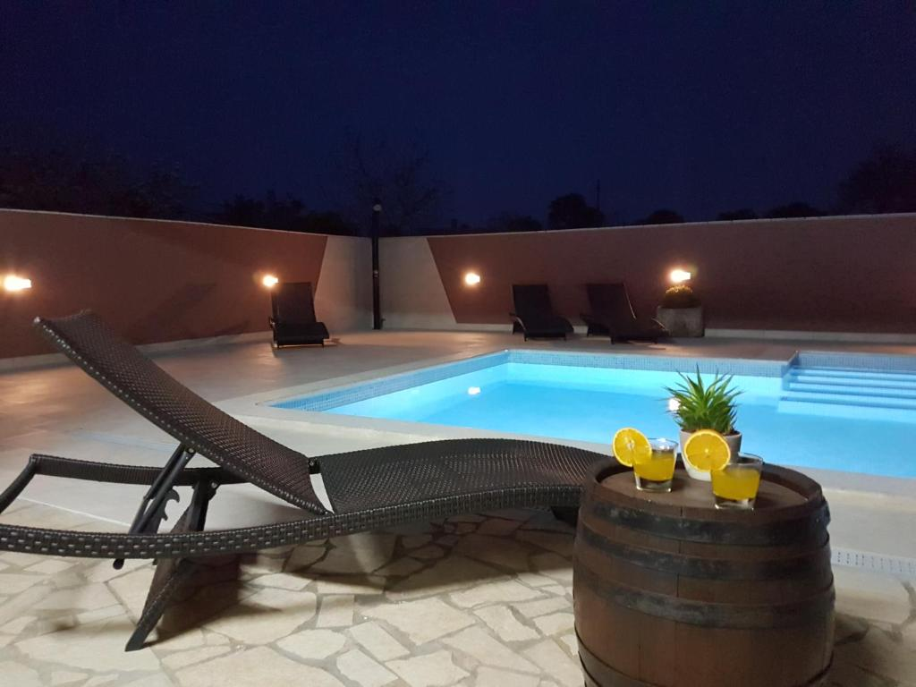 villa komel with pool kroatien faa¾ana booking com