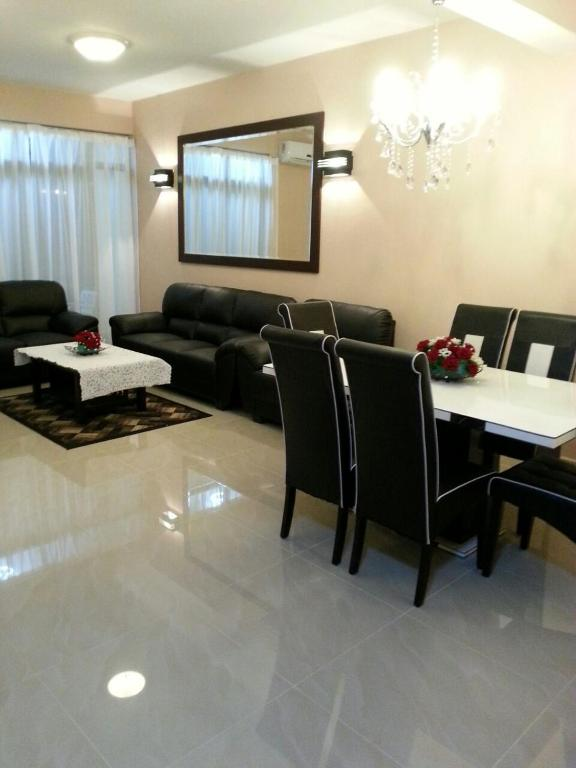 Gallery Image Of This Property Part 88