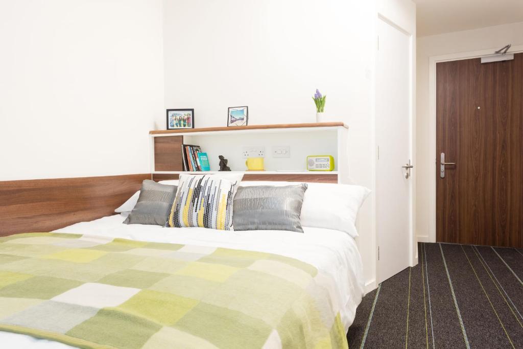 Картинки по запросу общежитие лондон
