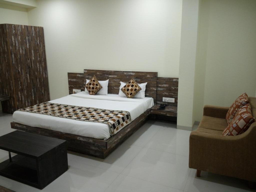 Hotel Casa Green Shirdi India Booking Com