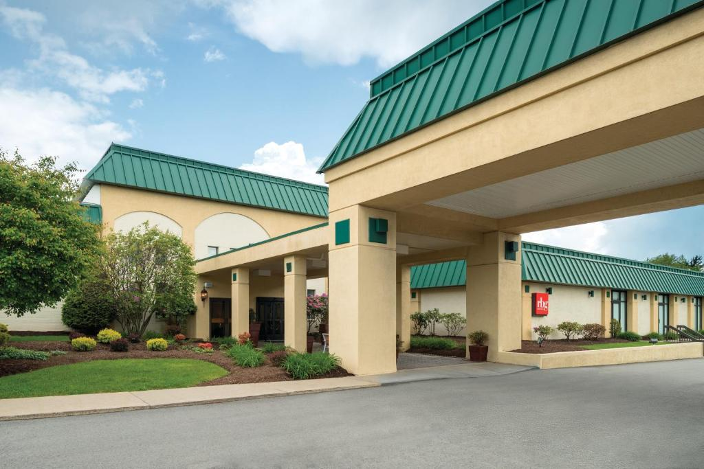 Park Inn by Radisson Indiana, PA - Booking.com