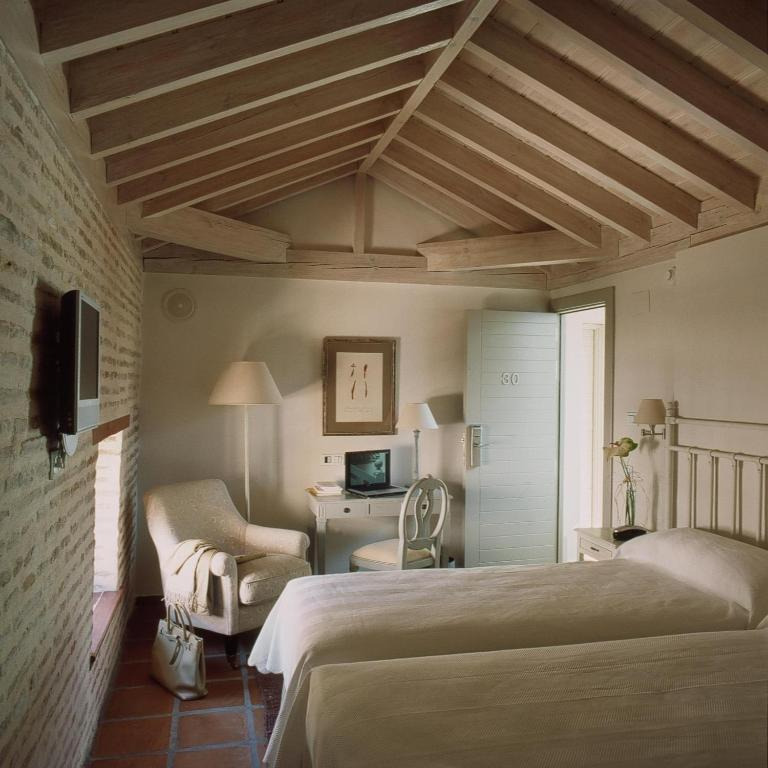 boutique hotels in granada  160