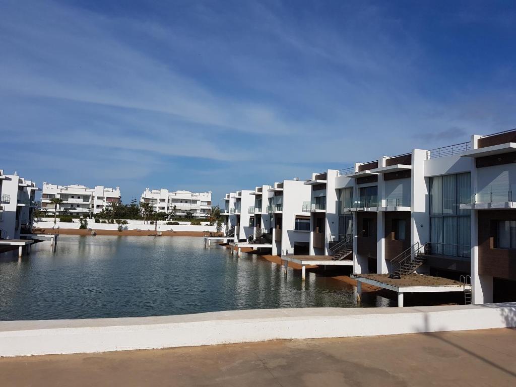 Eden Island Bouznika Beach Prix