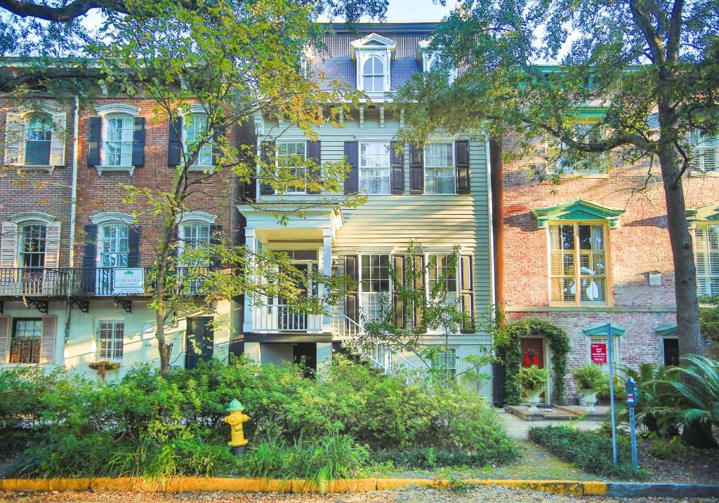 Cohen House Garden Apartment - One-Bedroom, Savannah, GA - Booking.com