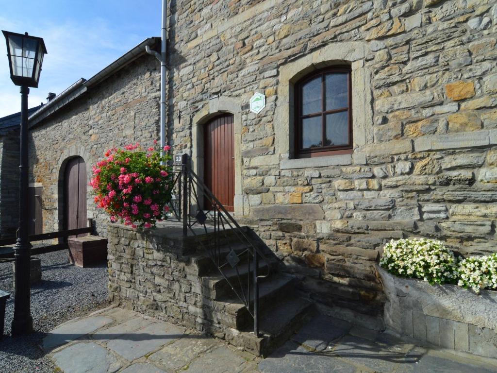 Vacation home hol home maison notaire houffalize belgium for 1313 la maison du cauchemar