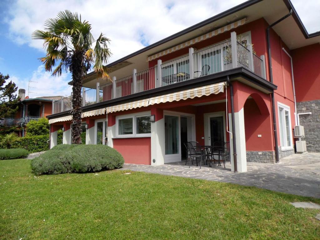 Nearby hotel : Varese Quattro