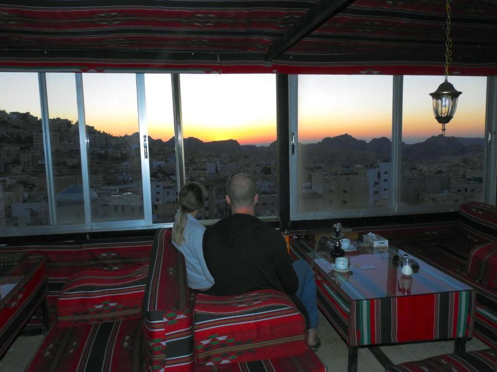 petra airlines jordan booking hotels