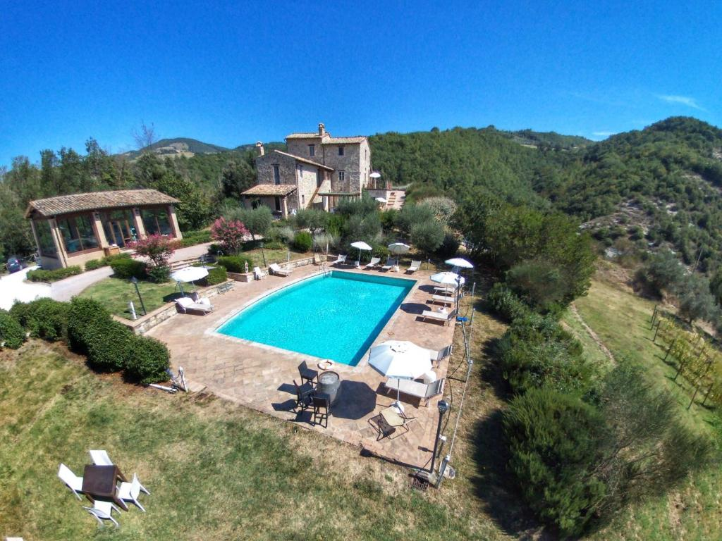 A view of the pool at Ginestrilo or nearby