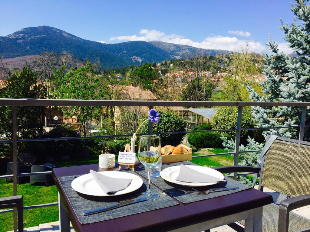 boutique hotels cercedilla  48