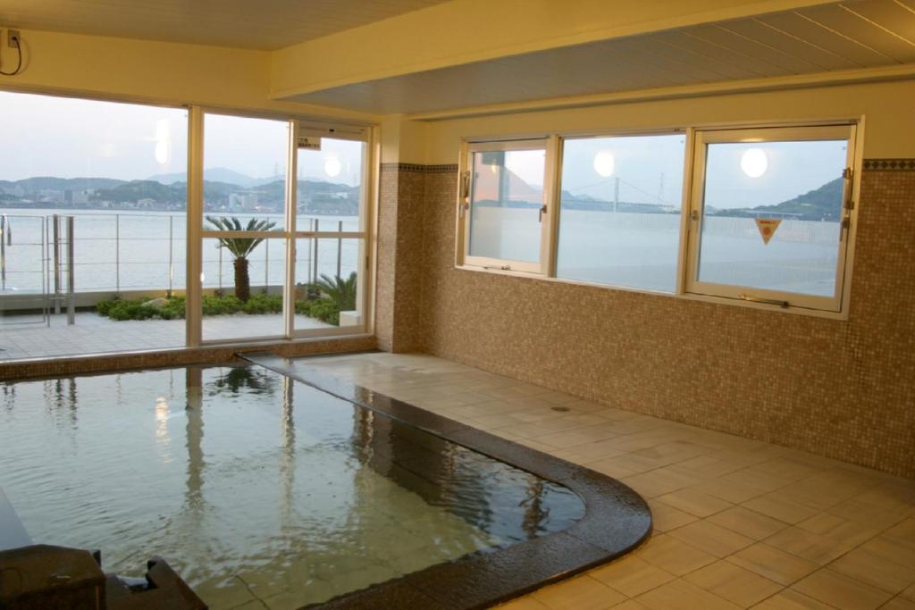 ポイント2.充実の設備と絶景でリラックスできる大浴場