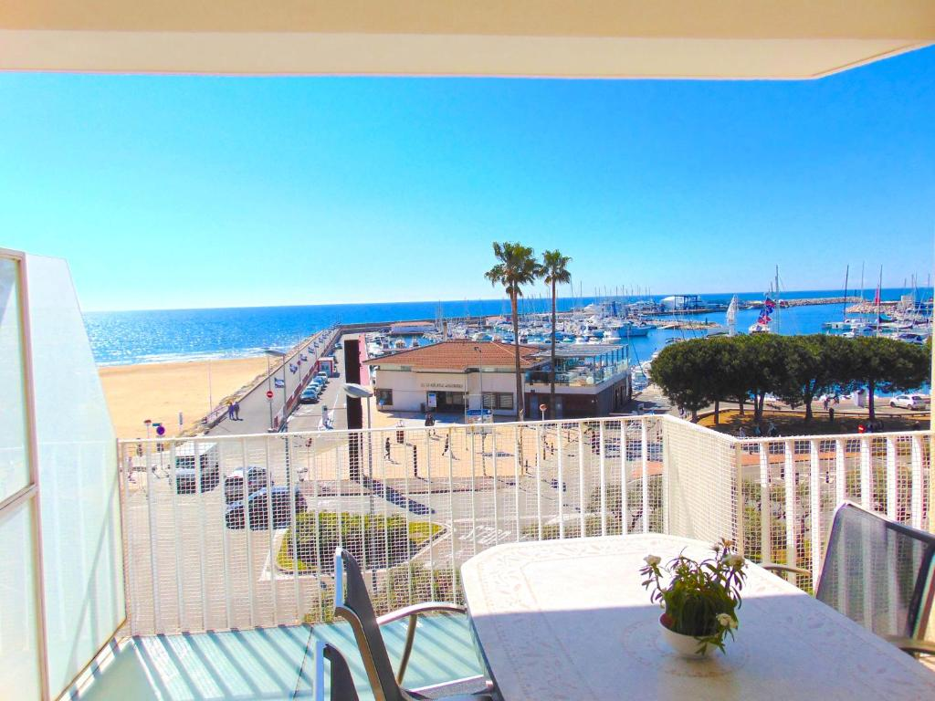 Apartaments Voramar Cambrils Spain Bookingcom