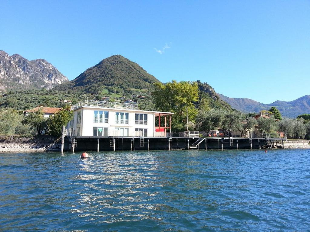 Nearby hotel : Penthouse Lago d Iseo
