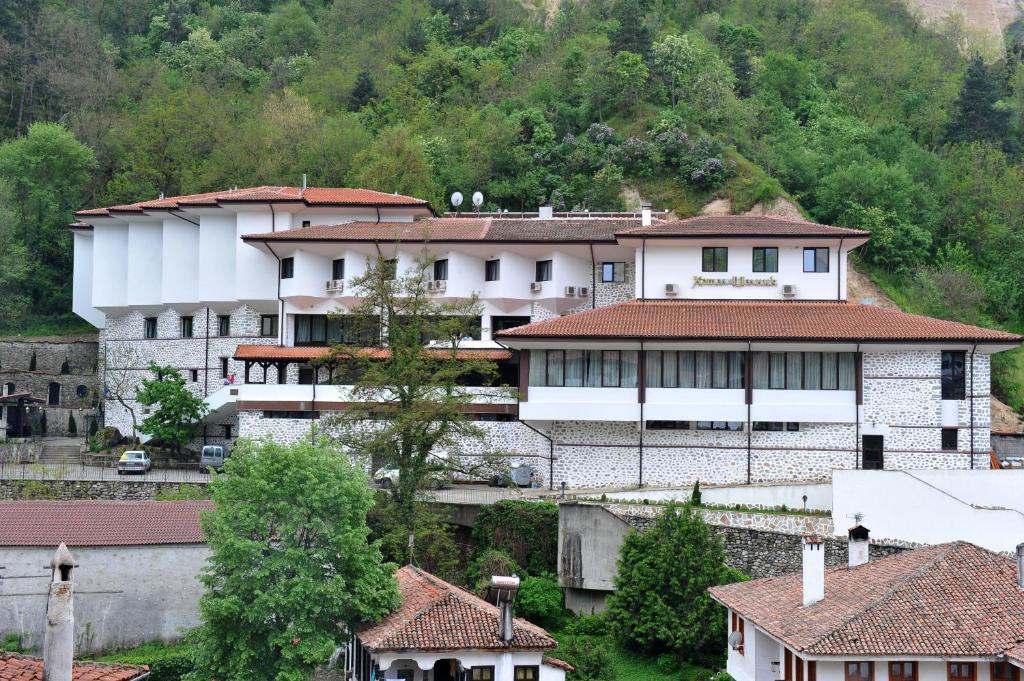 Хотел Hotel Melnik - Мелник