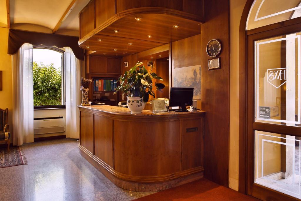 Hotel Windsor Savoia, Asís – Precios actualizados 2018