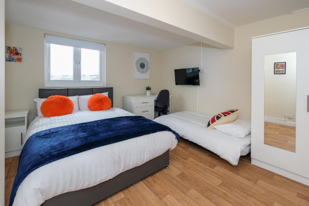 Studio Apartment Manchester manchester legends @ perfect apartments, uk - booking