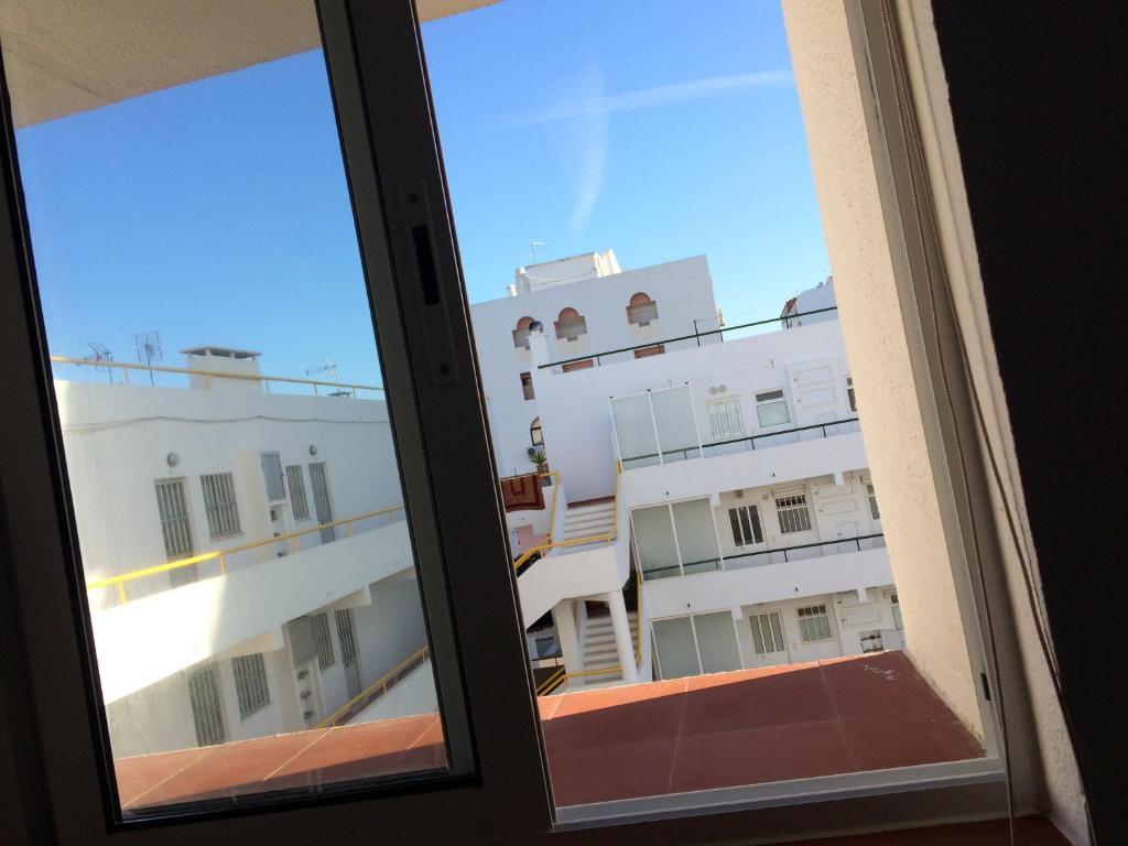 Apartment Europa, Quarteira, Portugal - Booking.com