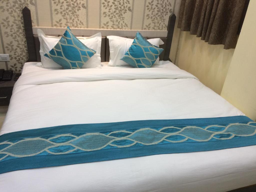 Hotel Rahil Palace