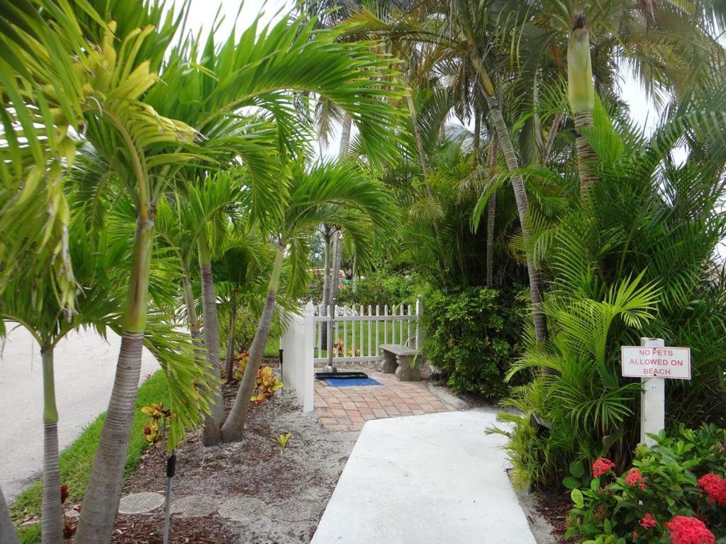 Apartment #301 Lovers Key Beach Club, Fort Myers Beach, FL - Booking.com
