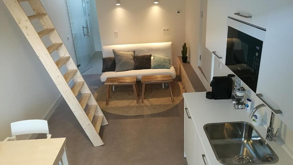 A kitchen or kitchenette at Apartment Cyclades
