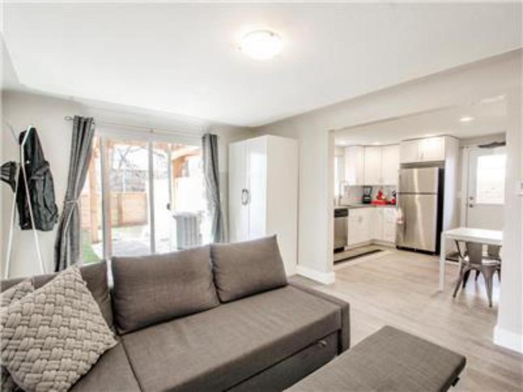 1 BR Apartment in Highlands - HI12, Denver, CO - Booking.com