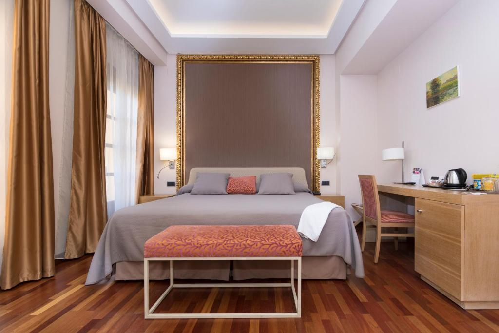 boutique hotels in málaga  212
