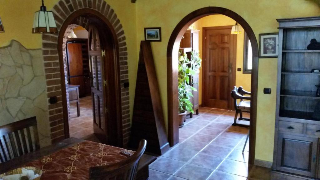 Vacation Home Casa Estilo Colonial, Cho, Spain - Booking.com
