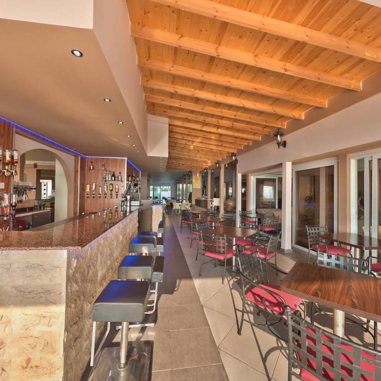 Falseларнака larnaca mackenzie beach hotel apts
