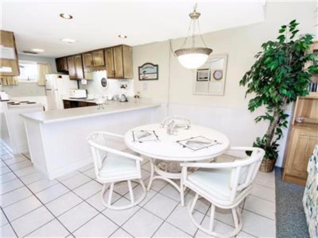 Apartment PCB Sunnyside Beach  Rosemary Beach FL Bookingcom - Florida map rosemary beach