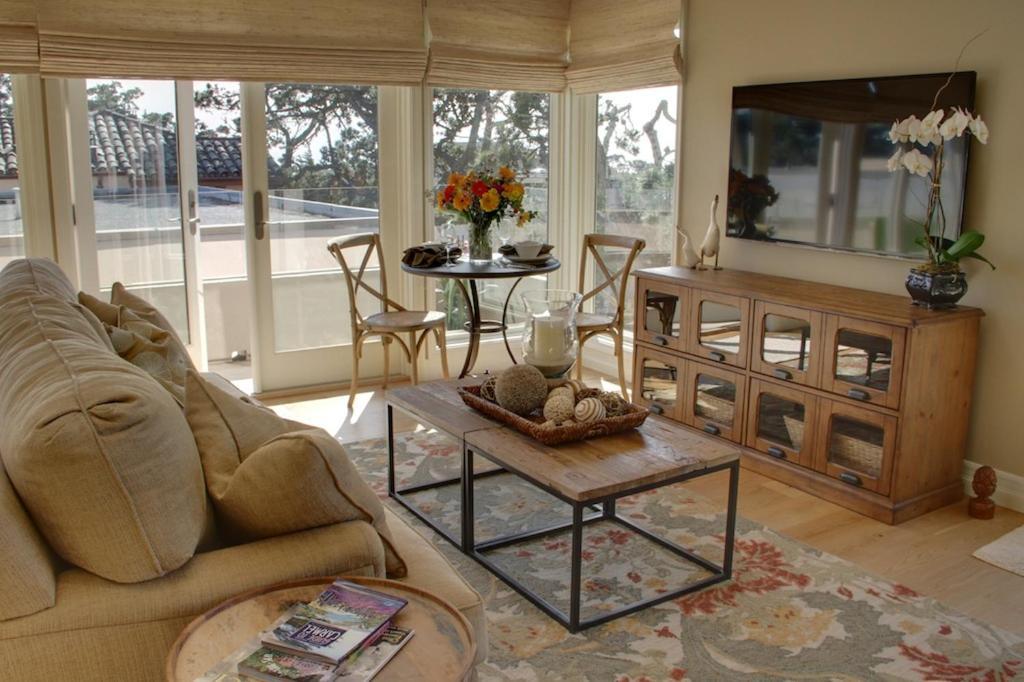 Apartments In Marina California