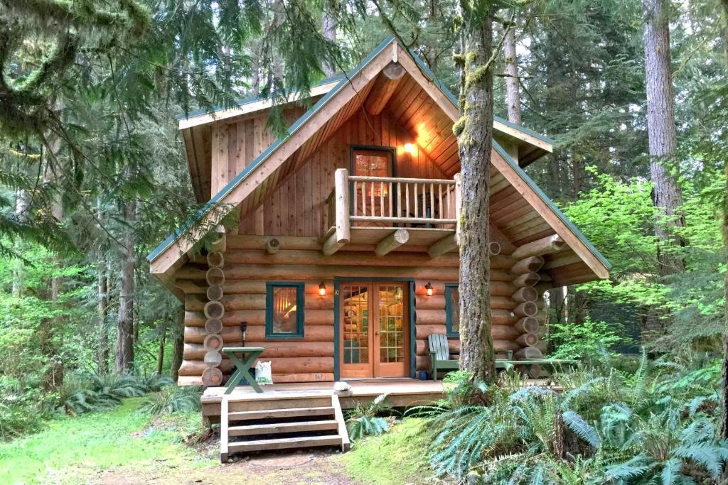 vacation home two bedroom cabin  10sl glacier wa