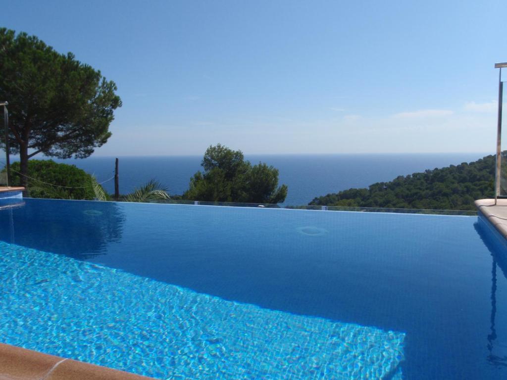 Blanes maravillosa vista al mar piscina privada con for Alojamiento con piscina privada