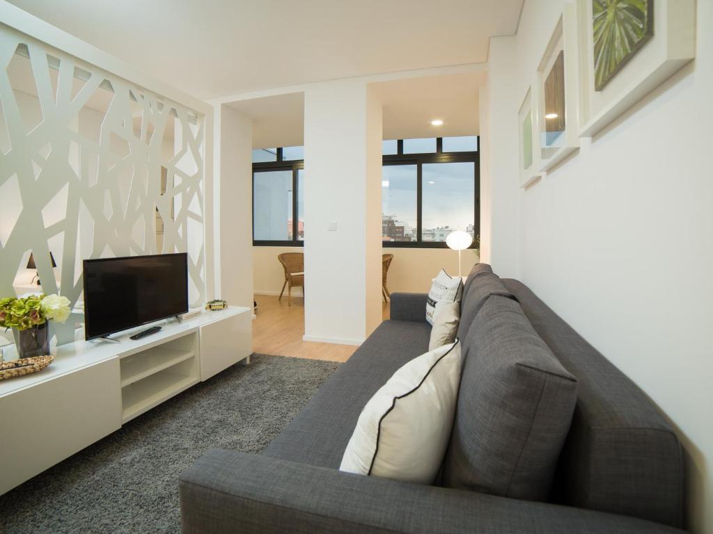 Apartamento oporto guest fernandes tom s portugal porto - Booking oporto apartamentos ...