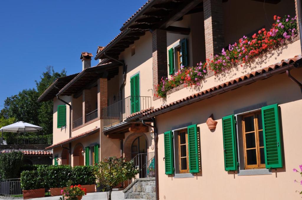 Apartments In Pian Degli Ontani Tuscany