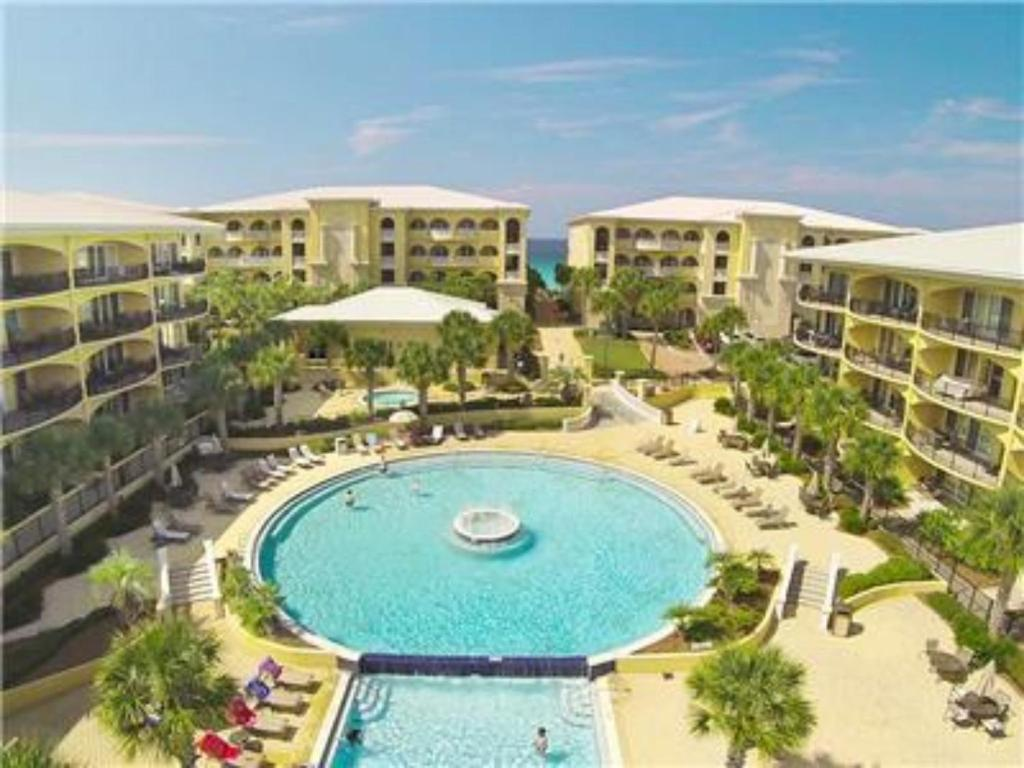 Gulf shores specials and hot deals for Gulf Shores area, Orange Beach, Fort Morgan, Alabama and Perdido Key, Florida. Vacation rental condos and beach houses in Gulf Shores, Orange Beach, Fort Morgan and Perdido Key. Reserve yours today from Meyer Vacation Rentals.